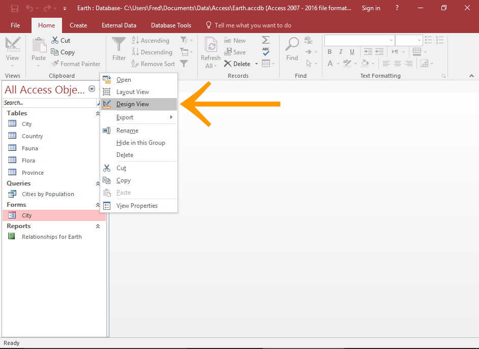 Screenshot of Access with the Design View option highlighted